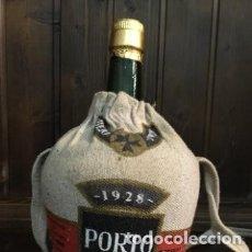 Coleccionismo de vinos y licores: BOTELLA VINO OPORTO PORTO CRUZ 1928 GARRAFA - DAMAJUANA DE DOS LITROS SIN ABRIR. Lote 177619923