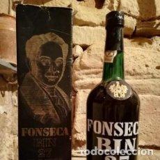 Coleccionismo de vinos y licores: ANTIGUA BOTELLA DE VINO DE OPORTO FONSECA BIN 27 PORT EN SU CAJA ORIGINAL. Lote 177620099