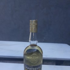 Coleccionismo de vinos y licores: BOTELLA CHARTREUSE AMARILLO TARRAGONA SIN ABRIR. Lote 177643152