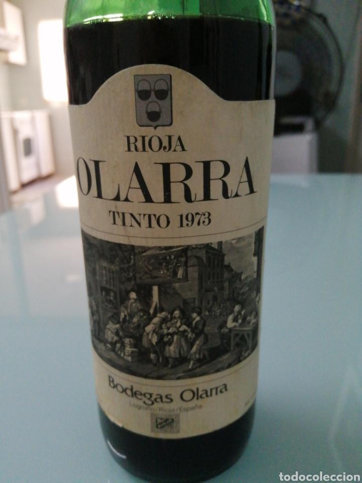 Coleccionismo de vinos y licores: OLARRA TINTO DE CRIANZA DE 1973. RIOJA BODEGAS OLARRA. - Foto 2 - 177721462