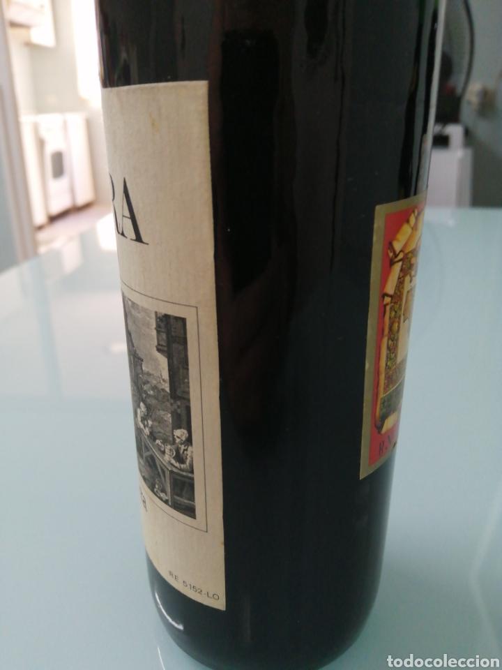 Coleccionismo de vinos y licores: OLARRA TINTO DE CRIANZA DE 1973. RIOJA BODEGAS OLARRA. - Foto 4 - 177721462