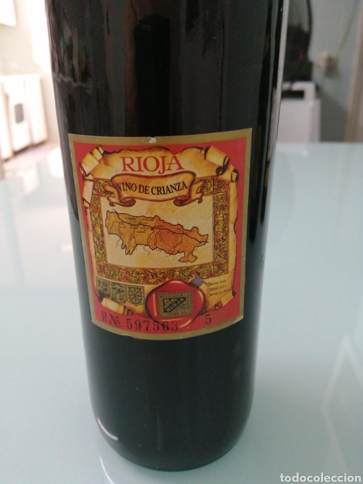 Coleccionismo de vinos y licores: OLARRA TINTO DE CRIANZA DE 1973. RIOJA BODEGAS OLARRA. - Foto 5 - 177721462