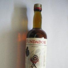 Coleccionismo de vinos y licores: BOTELLA BRANDY FUNDADOR PRECINTO 4 PESETAS. Lote 178217921