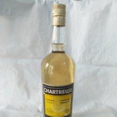Coleccionismo de vinos y licores: BOTELLA CHARTREUSE 43° SIN ABRIR,ETIQUETA AMARILLA,TARRAGONA. Lote 178279257