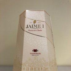 Coleccionismo de vinos y licores: BRANDY - TORRES JAIME I RESERVA DE LA FAMILIA - 70CL. Lote 178713245