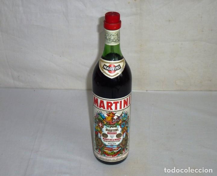 ANTIGUA BOTELLA DE MARTINI & ROSSO. (Coleccionismo - Botellas y Bebidas - Vinos, Licores y Aguardientes)