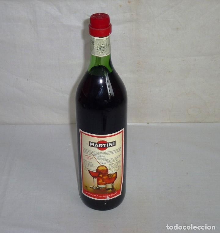 Coleccionismo de vinos y licores: Antigua Botella De Martini & Rosso. - Foto 2 - 179326593