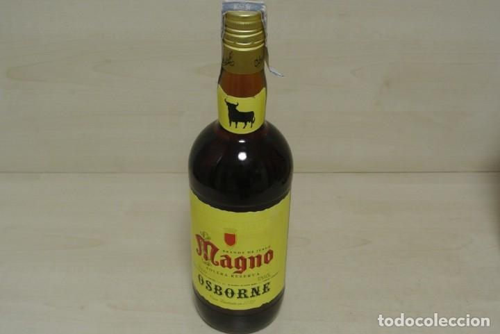 BRANDY DE JEREZ , MAGNO , OSBORNE (Coleccionismo - Botellas y Bebidas - Vinos, Licores y Aguardientes)