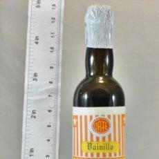 Coleccionismo de vinos y licores: BOTELLITA BOTELLIN VAINILLA LICORES ORTE MADRID. Lote 180431878