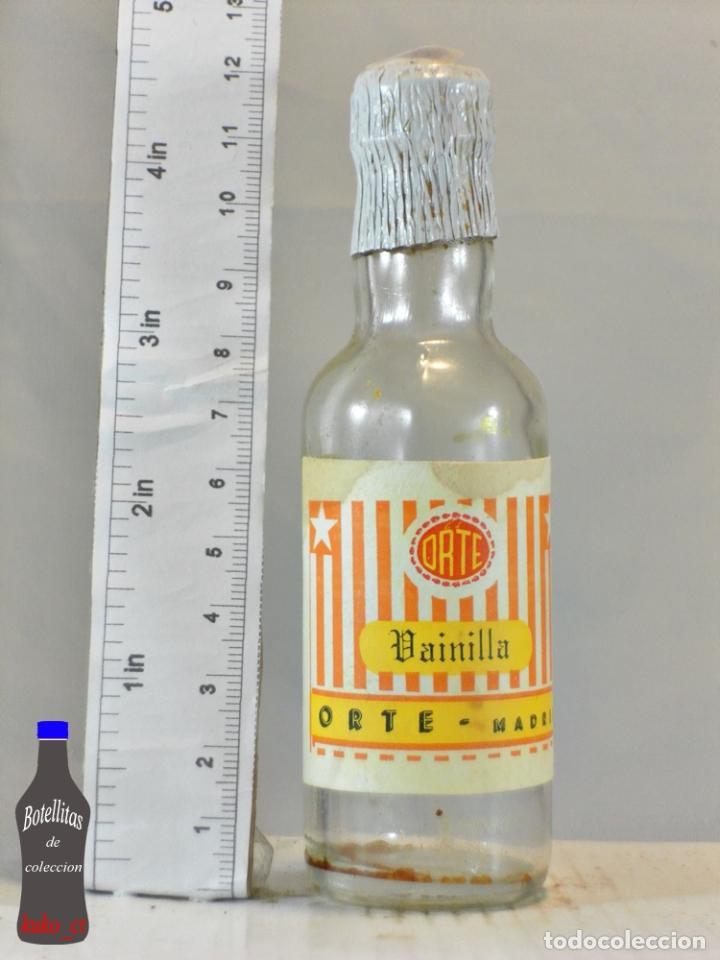 BOTELLITA BOTELLIN VAINILLA LICORES ORTE MADRID (Coleccionismo - Botellas y Bebidas - Vinos, Licores y Aguardientes)