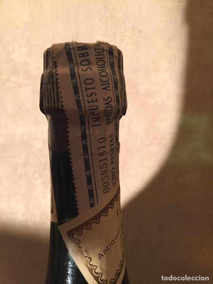 Coleccionismo de vinos y licores: Benedictine - Foto 3 - 182621643