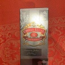 Coleccionismo de vinos y licores: CHIVAS REGAL 12 AÑOS. Lote 182837100