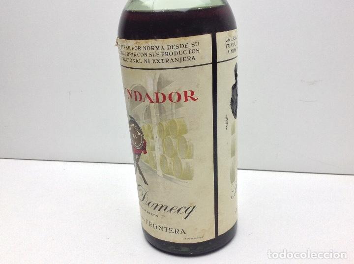 Coleccionismo de vinos y licores: BOTELLA DE BRANDY FUNDADOR DOBLE ETIQUETA PRECINTO 80 CTS - Foto 2 - 43405275