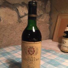 Coleccionismo de vinos y licores: ANTIGUA BOTELLA DE VINO TINTO MARCA VIÑA CUMBRERO BODEGAS MONTECILLOS AÑO 1978 . Lote 183020297