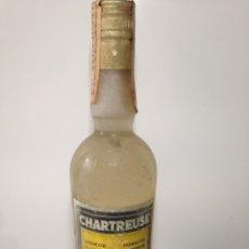 Coleccionismo de vinos y licores: CHARTREUSE AMARILLO 43 GRADOS. Lote 183089812