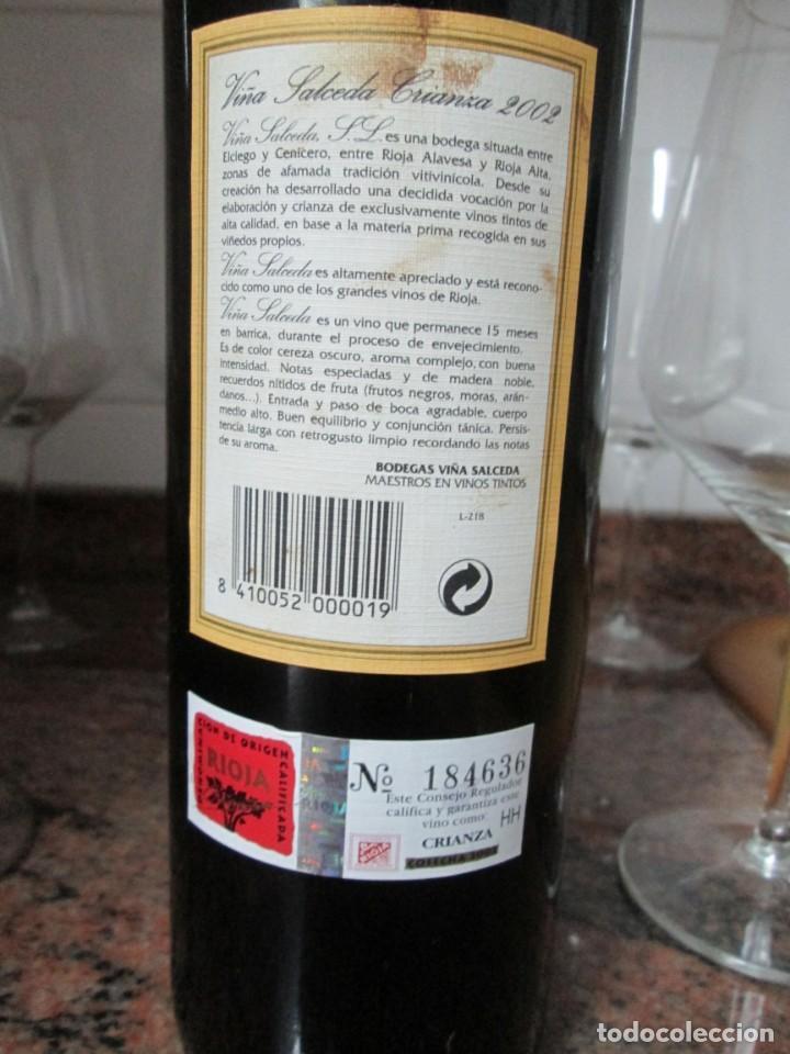 Coleccionismo de vinos y licores: ANTIGUA BOTELLA VINO VIÑA SALCEDA RIOJA CRIANZA 2002 - Foto 3 - 183423387