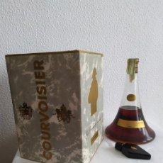 Coleccionismo de vinos y licores: COGNAC COURVOISIER. LE PETIT CAPORAL. AÑOS 50. EDICIÓN ESPECIAL. Lote 183585835