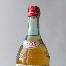 Coleccionismo de vinos y licores: BOTELLA BOBADILLA 103. PRECINTO IMPUESTO DE 4 PTAS. Lote 184630046