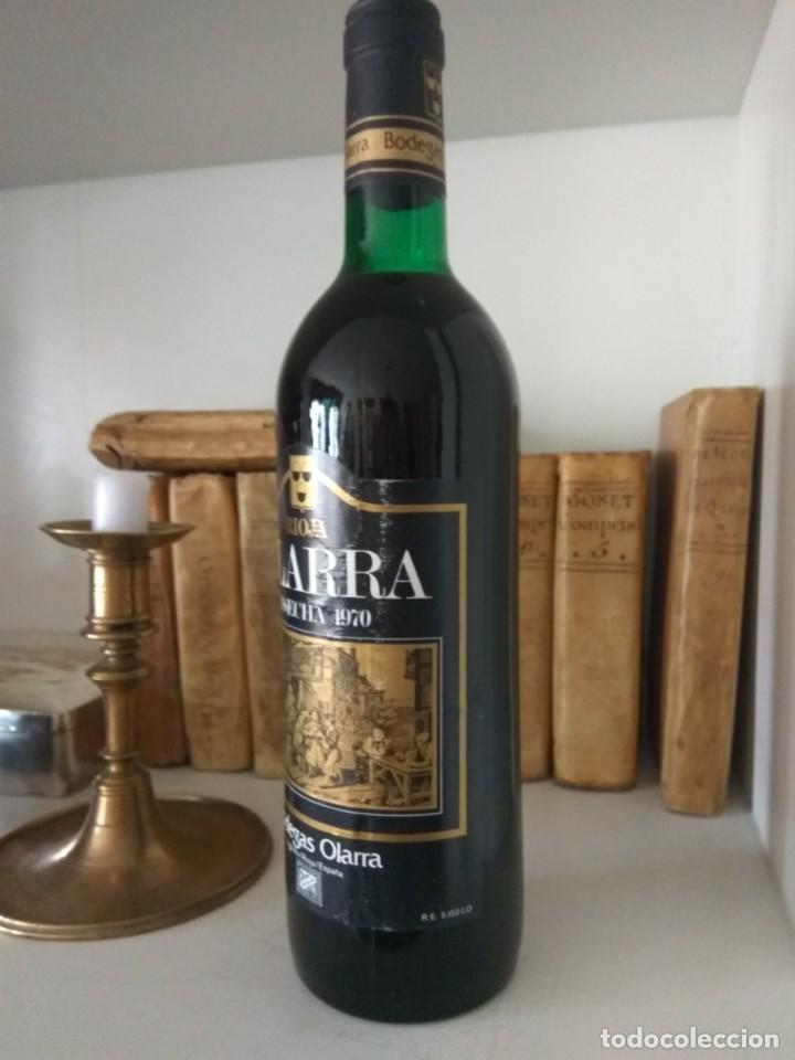 Coleccionismo de vinos y licores: BOTELLA DE VINO OLARRA COSECHA 1970 LOGROÑO-RIOJA - Foto 2 - 189339287