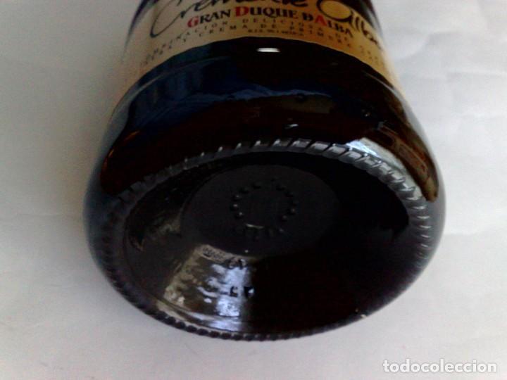 Coleccionismo de vinos y licores: BOTELLA CREMA SUPERIOR DE ALBA (70cl.) 17% vol.,GRAN DUQUE DE ALBA,SIN DESPRECINTAR - Foto 4 - 189611745