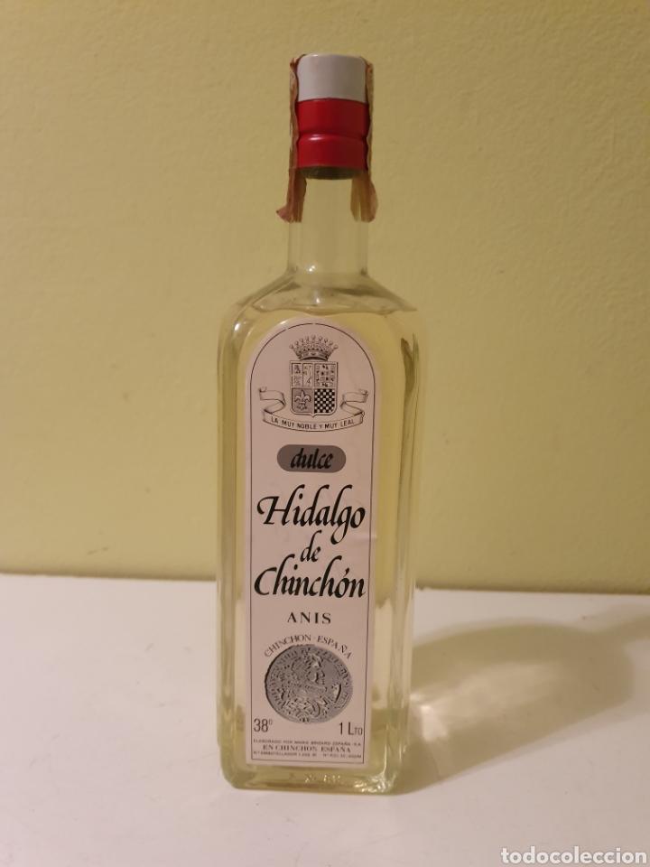 BOTELLA ANIS DULCE DE UN LITRO HIDALGO DE CHINCHÓN MARIE BRIZARD (Coleccionismo - Botellas y Bebidas - Vinos, Licores y Aguardientes)
