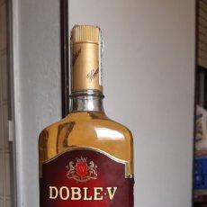 Coleccionismo de vinos y licores: BOTELLA WHISKY DOBLE-V. DE 1L. AÑOS 70. Lote 189927647
