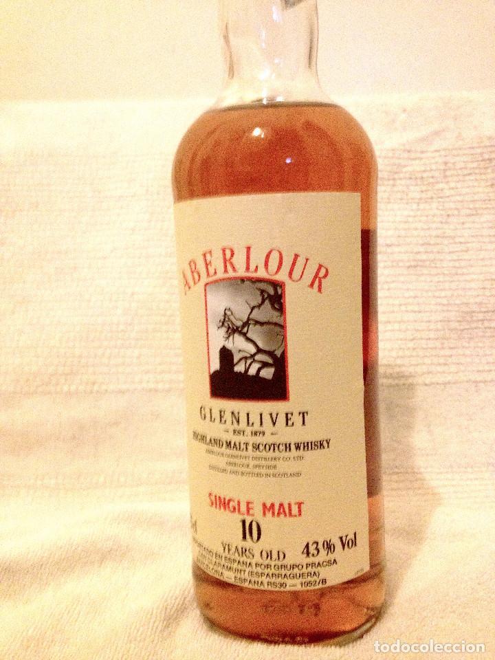 Coleccionismo de vinos y licores: [Whisky:] Aberlour Glenlivet Single Malt 10 Year Old. Caja cilíndrica. 75 cl. Sin abrir. Años 80. - Foto 2 - 190312155