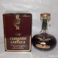 Coleccionismo de vinos y licores: BOTELLA VINTAGE BRANDY COÑAC COGNAC FERNANDO DE CASTILLA. Lote 190546972