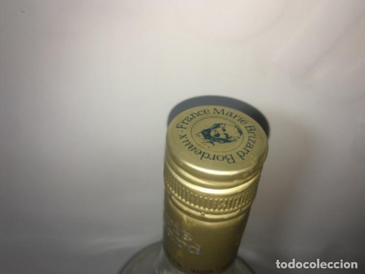 Coleccionismo de vinos y licores: Botella de anís marie brizard - Foto 4 - 190820796