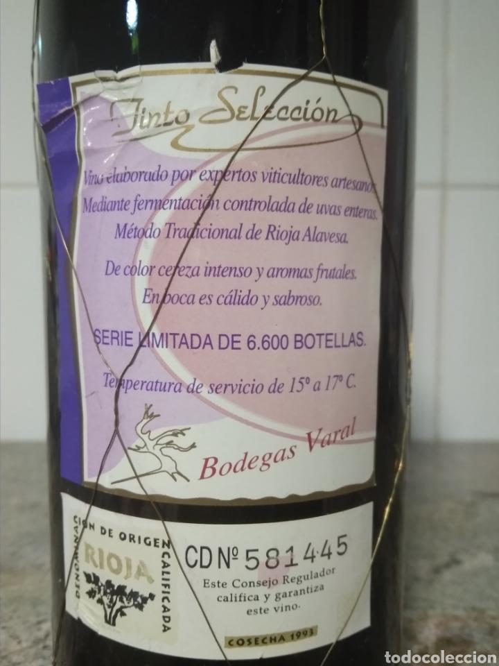 Coleccionismo de vinos y licores: Botella de vino de Rioja Alavesa 1993. Tinto selección. Serie limitada de 6600 botellas. - Foto 6 - 194162186