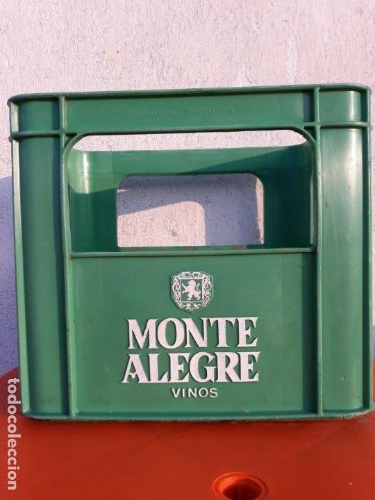 CAJA PLASTICO VINOS MONTE ALEGRE SAVINSA (Coleccionismo - Botellas y Bebidas - Vinos, Licores y Aguardientes)