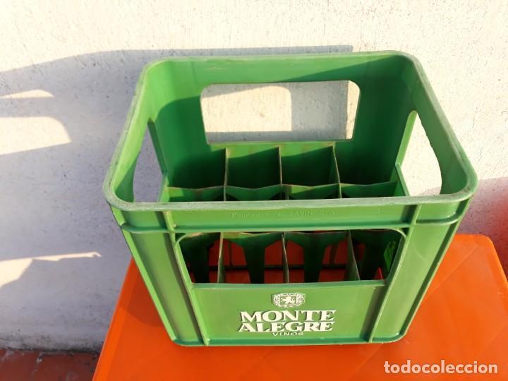 Coleccionismo de vinos y licores: Caja plastico vinos monte alegre savinsa - Foto 2 - 194221206