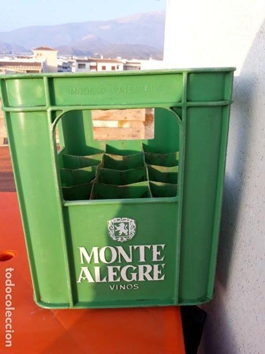 Coleccionismo de vinos y licores: Caja plastico vinos monte alegre savinsa - Foto 3 - 194221206