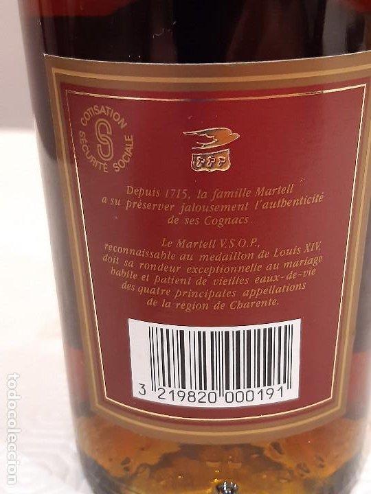 Coleccionismo de vinos y licores: BOTELLA MARTELL MEDAILLON COGNAC V.S.O.P. 70CL. ESTUCHE ORIGINAL. PRECINTADA. - Foto 6 - 194240468