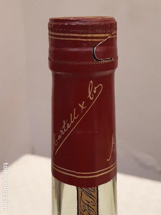 Coleccionismo de vinos y licores: BOTELLA MARTELL MEDAILLON COGNAC V.S.O.P. 70CL. ESTUCHE ORIGINAL. PRECINTADA. - Foto 7 - 194240468