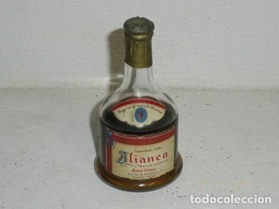 ANTIGUO BOTELLÍN DE AGUARDENTE VELHA ALIANÇA (Coleccionismo - Botellas y Bebidas - Vinos, Licores y Aguardientes)