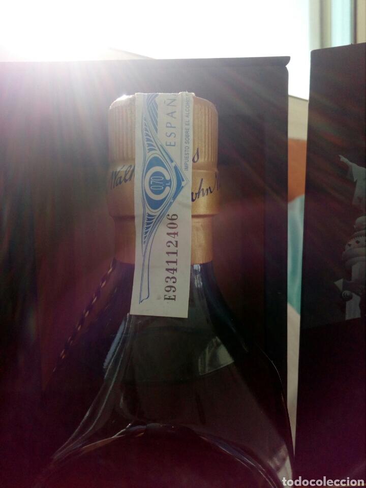 Coleccionismo de vinos y licores: BOTELLA WHISKY JOHNNIE WALKER, BLUE LABEL, EDICIÓN ESPECIAL BARCELONA. - Foto 8 - 194530542
