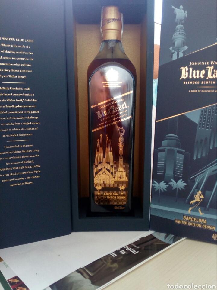 BOTELLA WHISKY JOHNNIE WALKER, BLUE LABEL, EDICIÓN ESPECIAL BARCELONA. (Coleccionismo - Botellas y Bebidas - Vinos, Licores y Aguardientes)