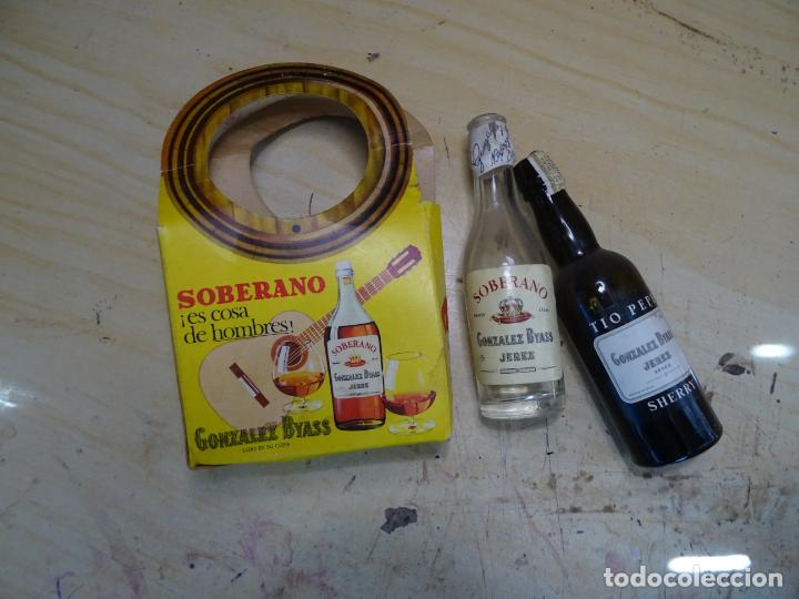 Coleccionismo de vinos y licores: dos botellines soberano áños 1960 garvey, publicidad - Foto 5 - 194611445