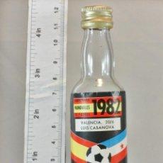 Coleccionismo de vinos y licores: BOTELLITA BOTELLIN VINO MUNDIAL 82 VALENCIA LUIS CASANOVA 20/6 DESTILERIAS CEBRA. Lote 194678531