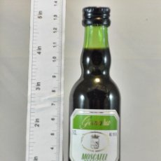 Coleccionismo de vinos y licores: BOTELLITA BOTELLIN GOMARA MOSCATEL MALAGA BODEGAS GOMARA S.A. MALAGA. Lote 194678795