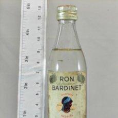 Coleccionismo de vinos y licores: BOTELLITA BOTELLIN RON BLANCO BARDINET BORDEAUX BARCELONA. Lote 194680031