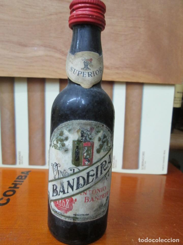 ANTIGUO BOTELLIN, VINO ANTONIO BANDEIRA SUPERIOR (Coleccionismo - Botellas y Bebidas - Vinos, Licores y Aguardientes)