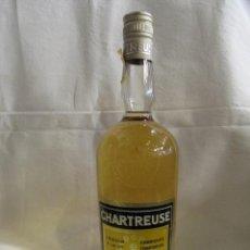 Coleccionismo de vinos y licores: BOTELLA DE LICOR CHARTREUSE - ETIQUETA AMARILLA - SIN ABRIR - 40º - L.GARNIER. Lote 195088131
