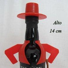 Coleccionismo de vinos y licores: BOTELLIN TIO PEPE COMPLETO Nº 2 . Lote 195102836