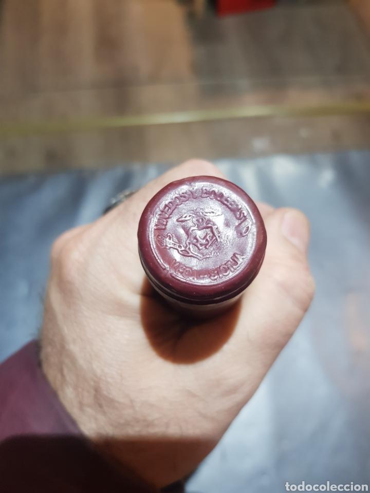Coleccionismo de vinos y licores: Botella Vega Sicilia tinto Valbuena 5º año cosecha 1978 - Foto 5 - 195379301