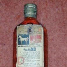 Coleccionismo de vinos y licores: WHISKY WHITE HORSE 1950. Lote 195437366