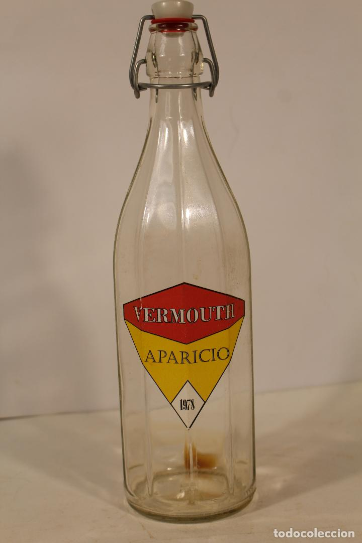 BOTELLA VERMOUTH APARICIO 1978 (Coleccionismo - Botellas y Bebidas - Vinos, Licores y Aguardientes)