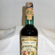 Coleccionismo de vinos y licores: ANTIGUA BOTELLA DE VINO PARA CONSAGRAR DE CIA.MATA.MÁLAGA. Lote 195498533