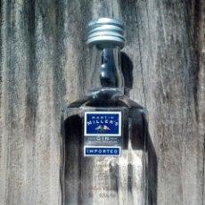 Coleccionismo de vinos y licores: BOTELLITA GIN MARTIN MILLER'S. Lote 195515530